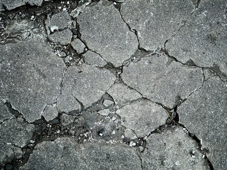 Removing a cracked concrete driveway on the Gold Coast